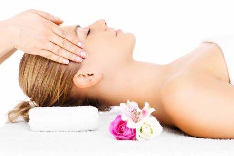 Body To Body Massage in Delhi by Female to Male at best Price. Body to body Massage in delhi best spa in delhi ncr